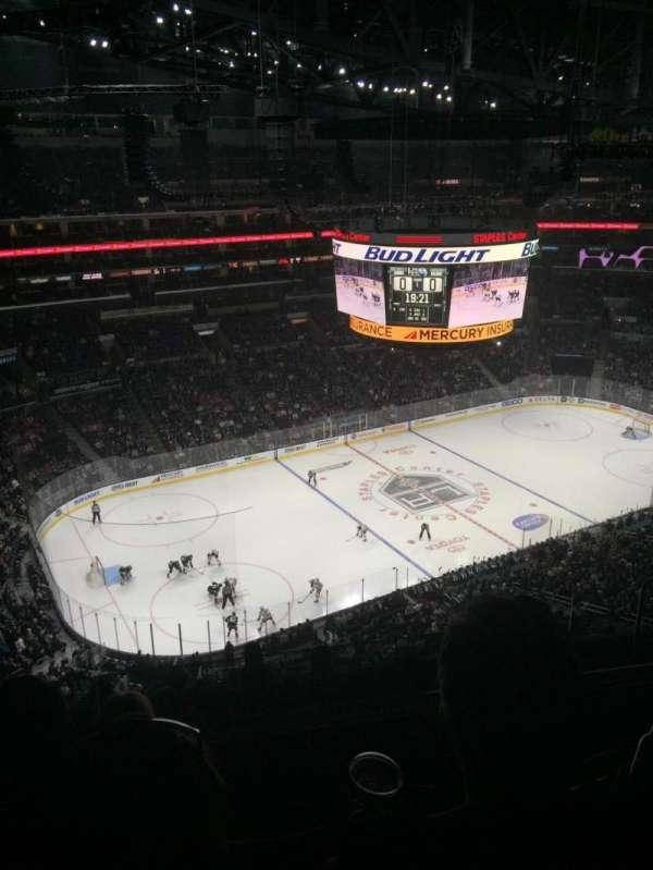 Staples Center, secção: 304, fila: 9, lugar: 11