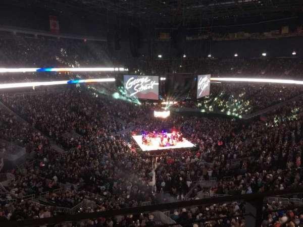 T-Mobile Arena, secção: 217, fila: A, lugar: 9