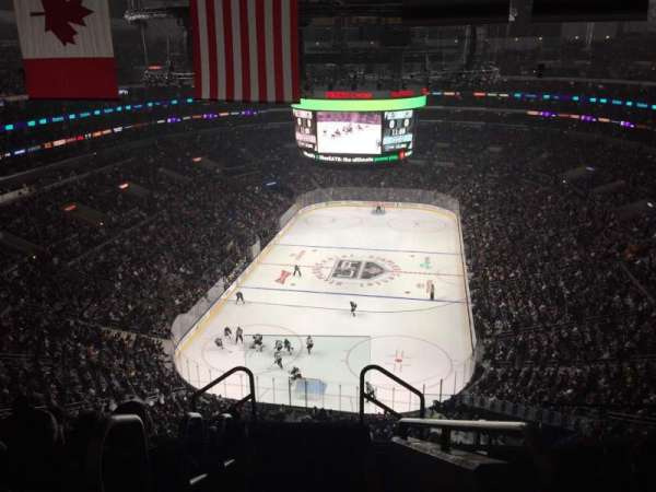 Staples Center, secção: 325, fila: 7, lugar: 26