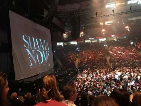 Rogers Arena, secção: 118, fila: 13, lugar: 104