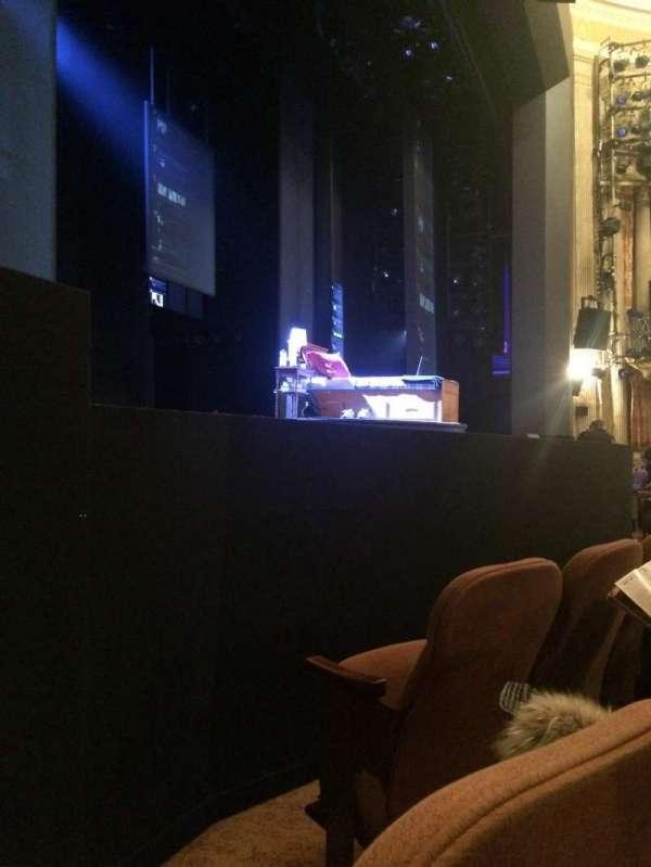 Music Box Theatre, secção: LEFT ORCH PRTL VIEW, fila: C, lugar: 13