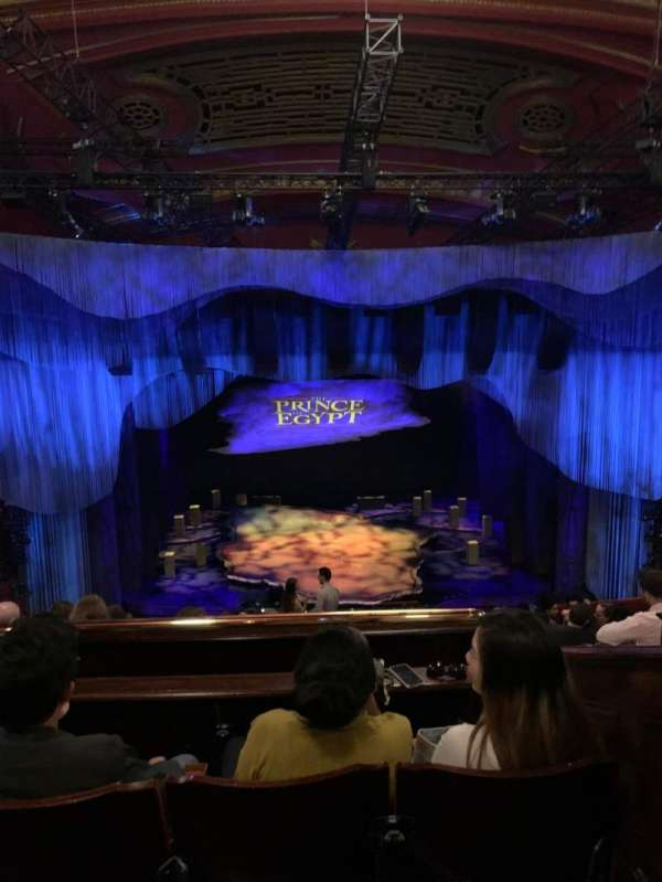 Dominion Theatre, secção: Circle, fila: K, lugar: 26