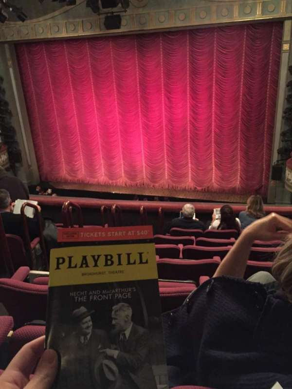 Broadhurst Theatre, secção: Mezzanine R, fila: F, lugar: 8