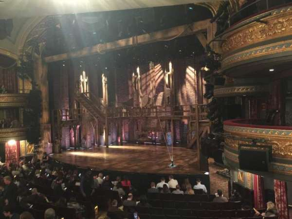 Richard Rodgers Theatre, secção: Orchestra R, fila: P, lugar: 26