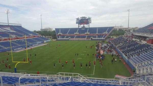 FAU Stadium, secção: 215, fila: P, lugar: 21