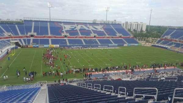 FAU Stadium, secção: 210, fila: HH, lugar: 8