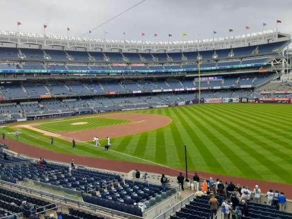 Yankee Stadium, secção: 210, fila: 1, lugar: 1