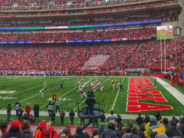 Memorial Stadium (Lincoln), secção: 21, fila: 15, lugar: 26