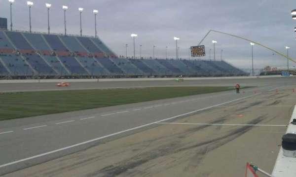 Chicagoland Speedway, secção: Pit