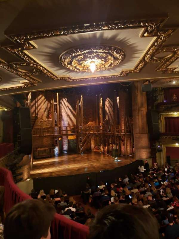 CIBC Theatre, secção: Dress Circle R, fila: B, lugar: 7