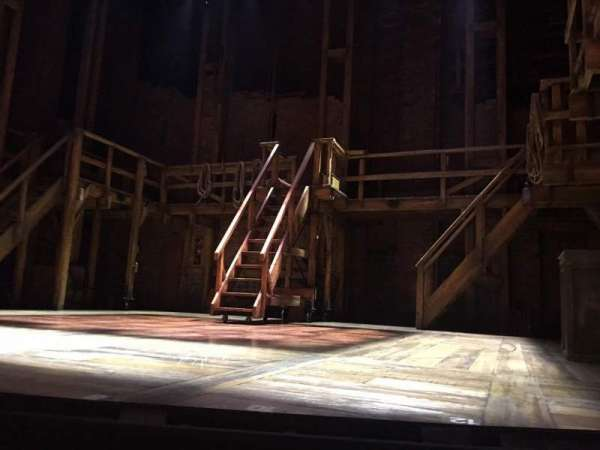 CIBC Theatre, secção: Orchestra L, fila: B, lugar: 2