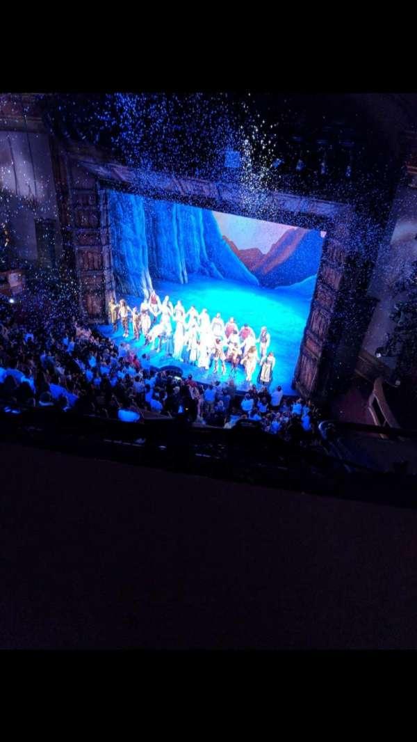 St. James Theatre, secção: BALCR, fila: A, lugar: 18