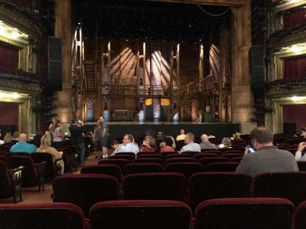 CIBC Theatre, secção: Orchestra C, fila: S, lugar: 102