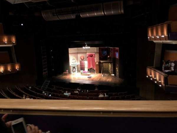 Ahmanson Theatre, secção: Mezz, fila: B, lugar: 9