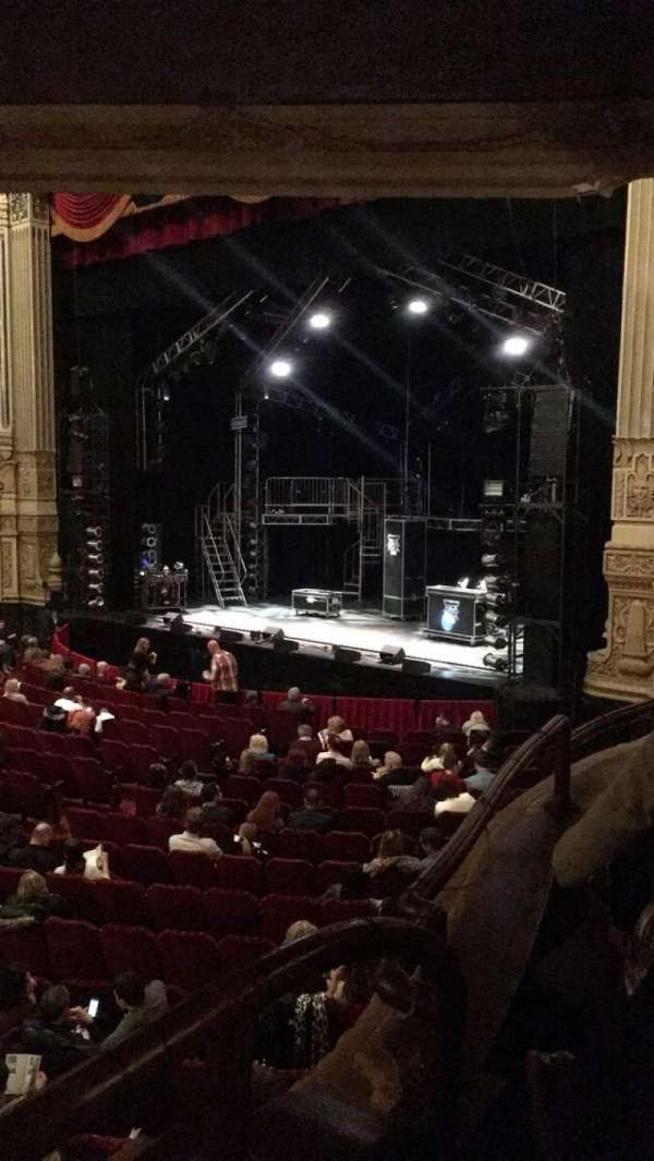 Nederlander Theatre (Chicago) , secção: Dress Circle R, fila: EE, lugar: 2
