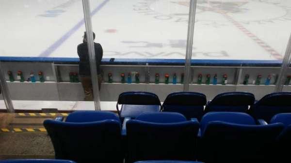 Mohegan Sun Arena at Casey Plaza, secção: 104, fila: F, lugar: 19