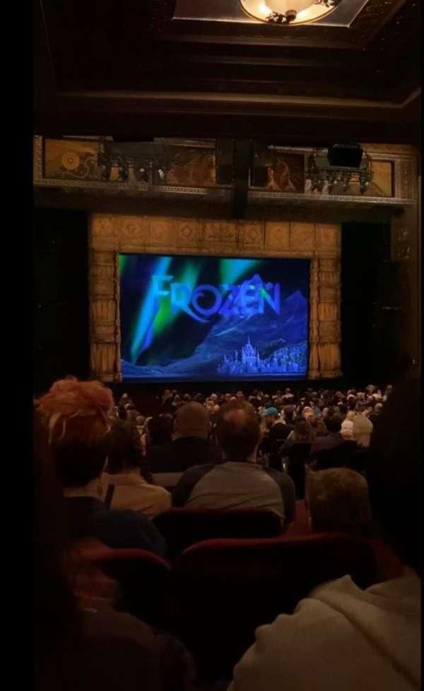 Hollywood Pantages Theatre, secção: Orchestra LC, fila: RR, lugar: 302