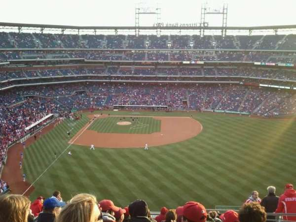Citizens Bank Park, secção: 303, fila: 15, lugar: 6