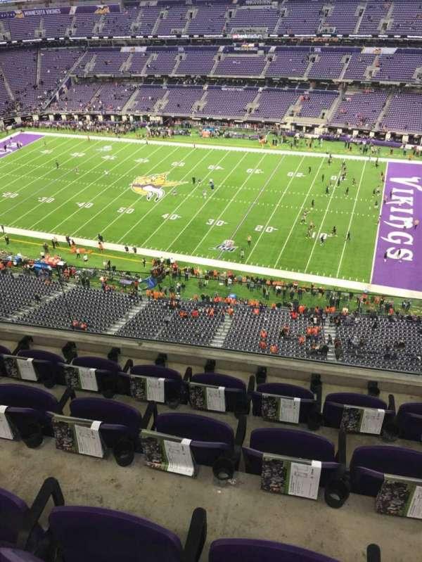 U.S. Bank Stadium , secção: 309, fila: 4, lugar: 6