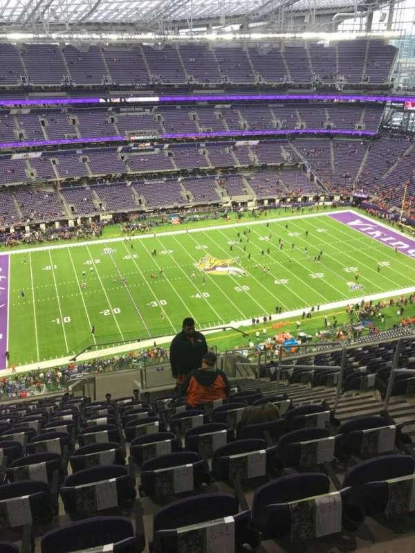 U.S. Bank Stadium, secção: 315, fila: 12, lugar: 5