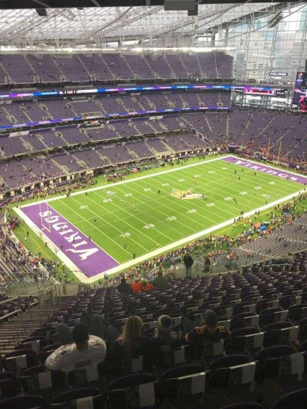U.S. Bank Stadium, secção: 318, fila: 20, lugar: 20