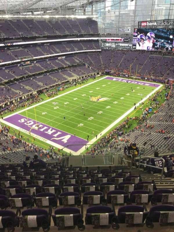 U.S. Bank Stadium, secção: 321, fila: 13, lugar: 5