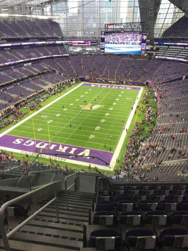 U.S. Bank Stadium, secção: 323, fila: 9, lugar: 18