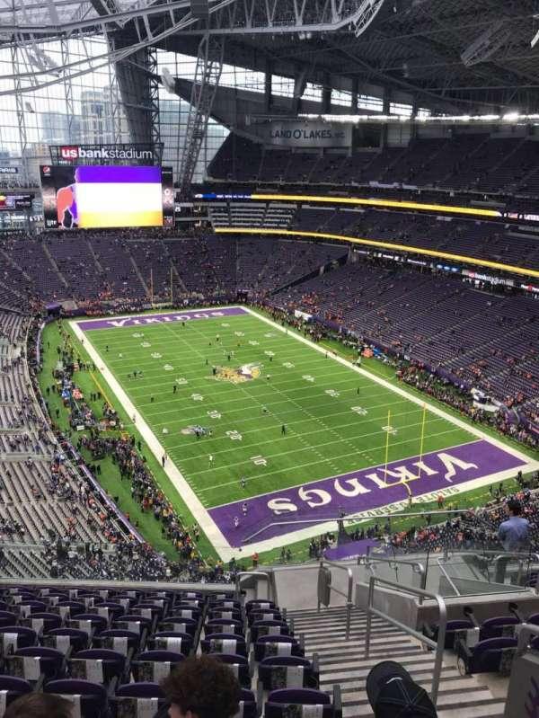 U.S. Bank Stadium, secção: 331, fila: 11, lugar: 2