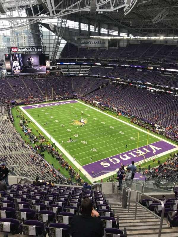 U.S. Bank Stadium, secção: 332, fila: 14, lugar: 2