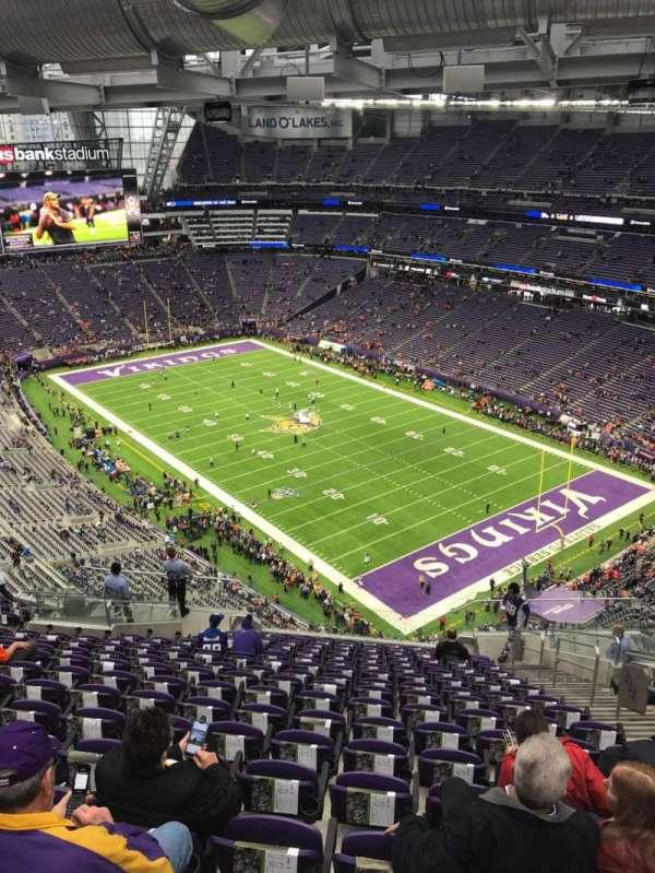 U.S. Bank Stadium, secção: 333, fila: 17, lugar: 5