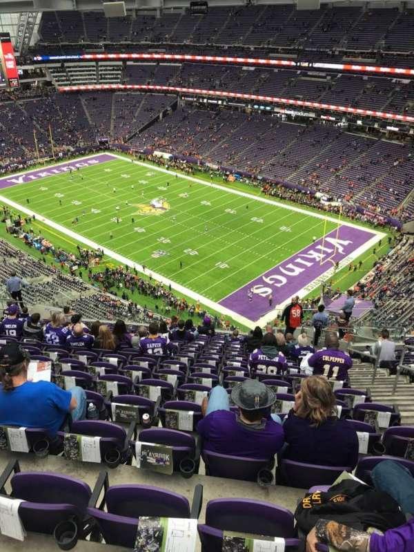 U.S. Bank Stadium, secção: 334, fila: 18, lugar: 4