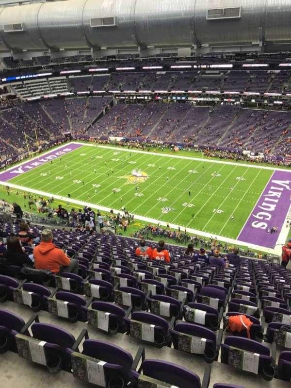 U.S. Bank Stadium, secção: 337, fila: 20, lugar: 1