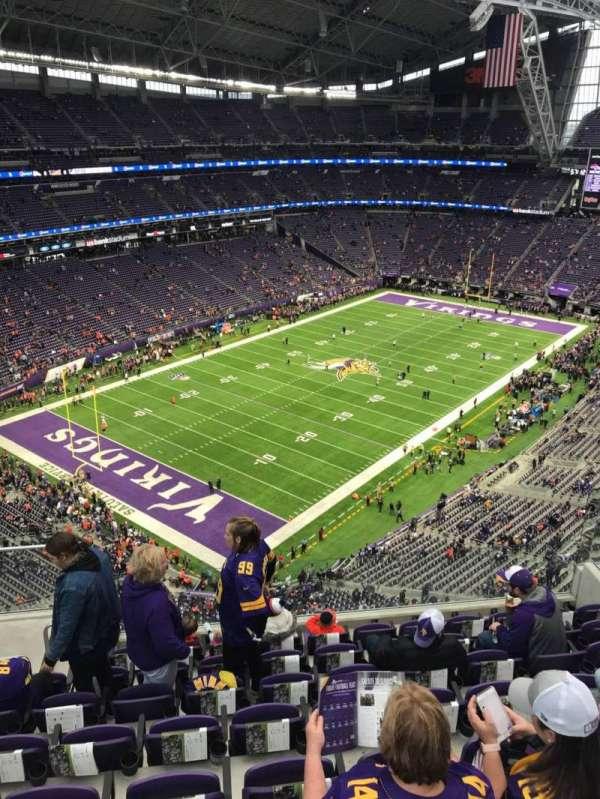 U.S. Bank Stadium, secção: 349, fila: 8, lugar: 13