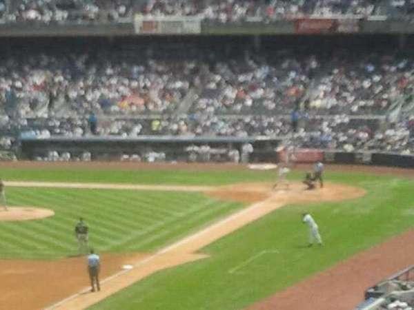 Yankee Stadium, secção: 231, fila: 13, lugar: 2