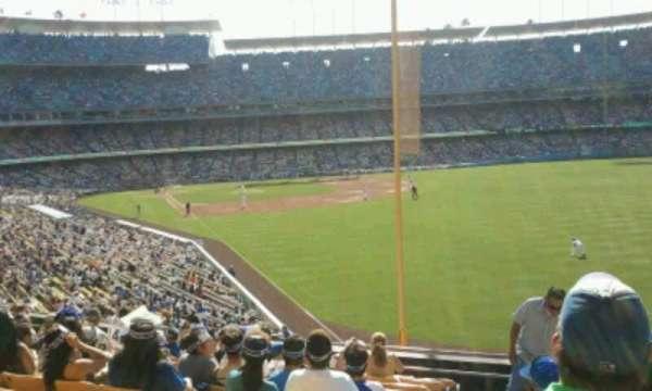 Dodger Stadium, secção: 166LG, fila: L, lugar: 1