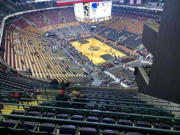 Scotiabank Arena, secção: 317, fila: 16, lugar: 14