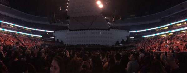 Honda Center, secção: 214, fila: 14, lugar: 13