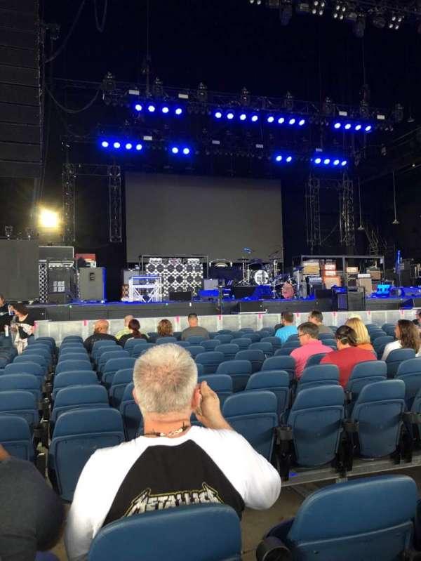 PNC Music Pavilion, secção: 2, fila: L, lugar: 31-32