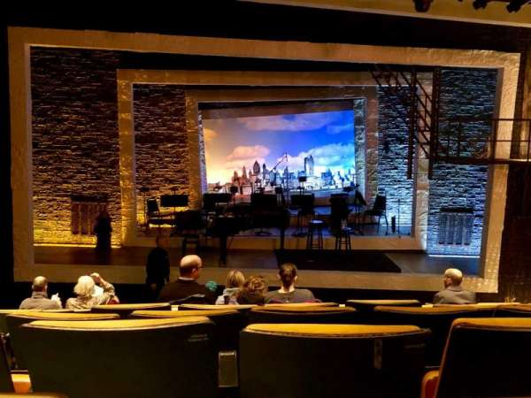 Tony Kiser Theatre, secção: Orchestra, fila: L, lugar: 103