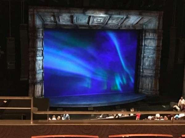 Temple Buell Theatre, secção: Mezzanine E, fila: D, lugar: 209