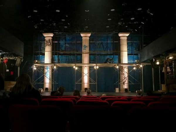 Lucille Lortel Theatre, secção: Orchestra, fila: G, lugar: 6