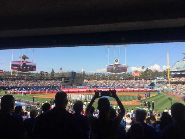 Dodger Stadium, secção: 5fd, fila: W, lugar: 6