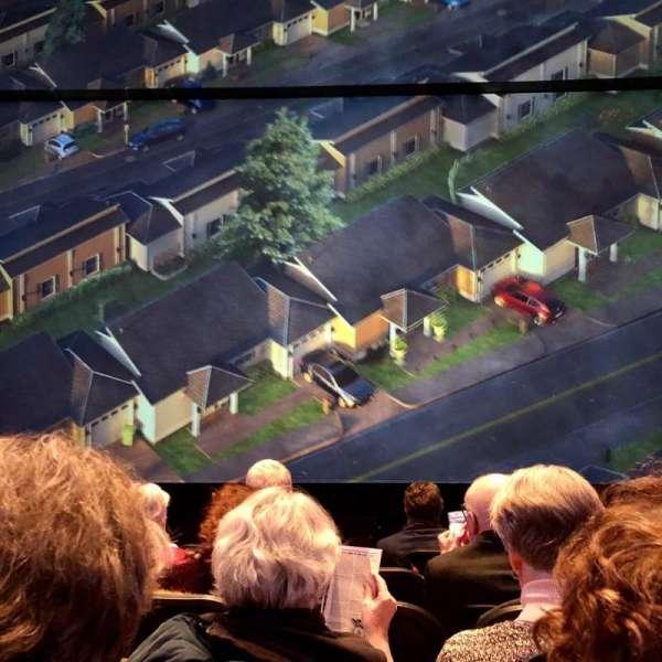 Hayes Theater, secção: Orchestra C, fila: F, lugar: 103