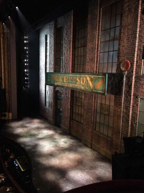 Al Hirschfeld Theatre, secção: Right box, fila: C, lugar: 8