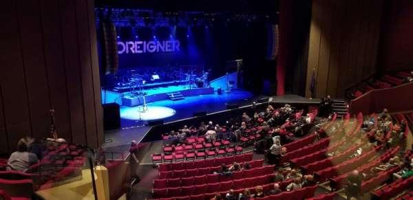 Chester Fritz Auditorium, secção: J1, fila: 14, lugar: 8