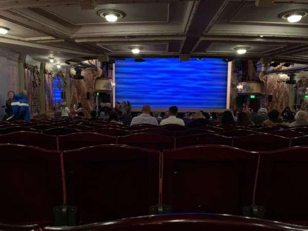 Novello Theatre, secção: Stalls, fila: X, lugar: 19-20