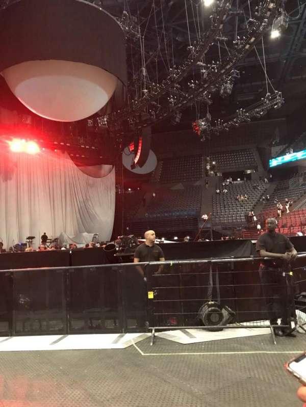 AccorHotels Arena, secção: Fosse Debout