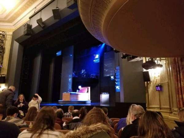 Music Box Theatre, secção: Orchestra, fila: J, lugar: 22