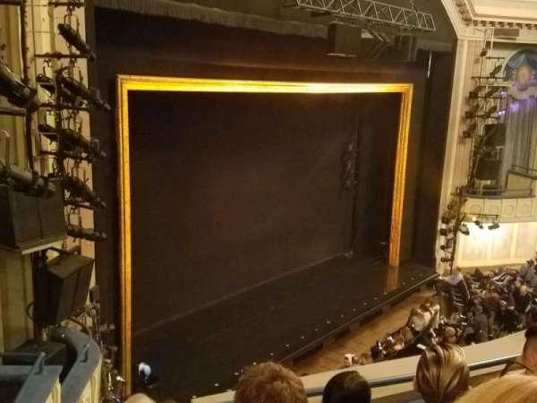 Ambassador Theatre, secção: Front Mezzanine L, fila: D, lugar: 17