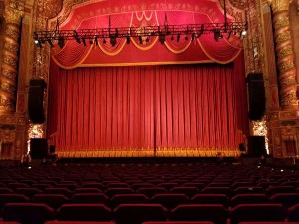 Kings Theatre (Brooklyn), secção: 2, fila: T, lugar: 111